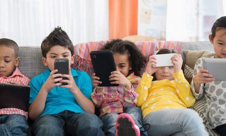 kanak-kanak ketagih smartphone