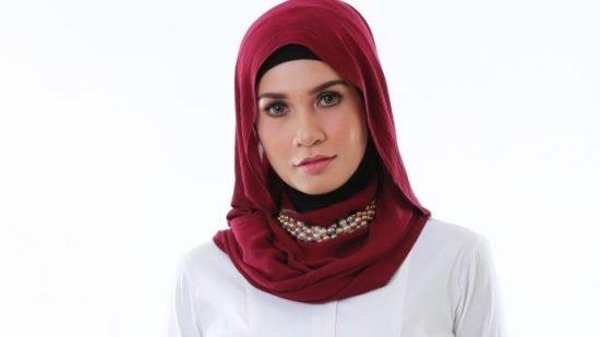 izreen azminda