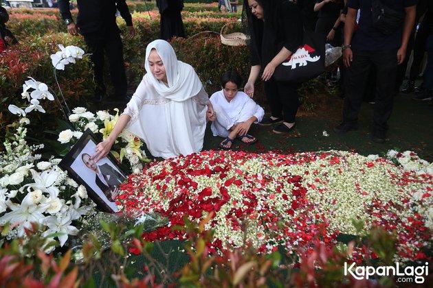 ashraf sinclair meninggal dunia