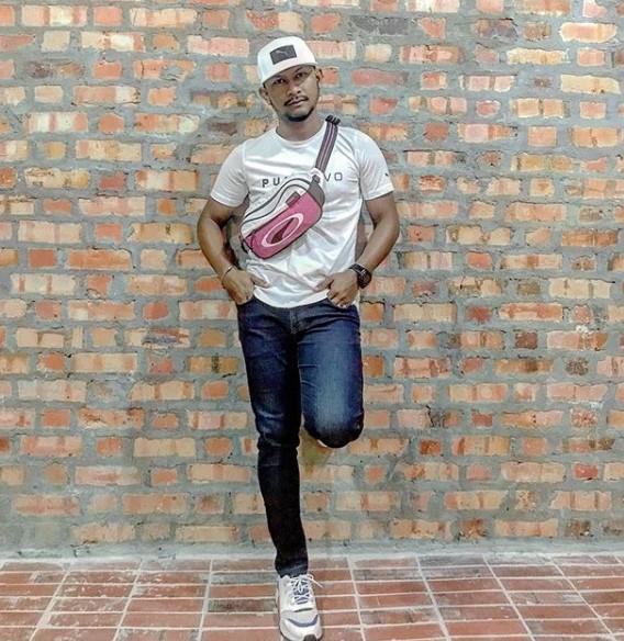 black hanifah artis bantuan kerajaan