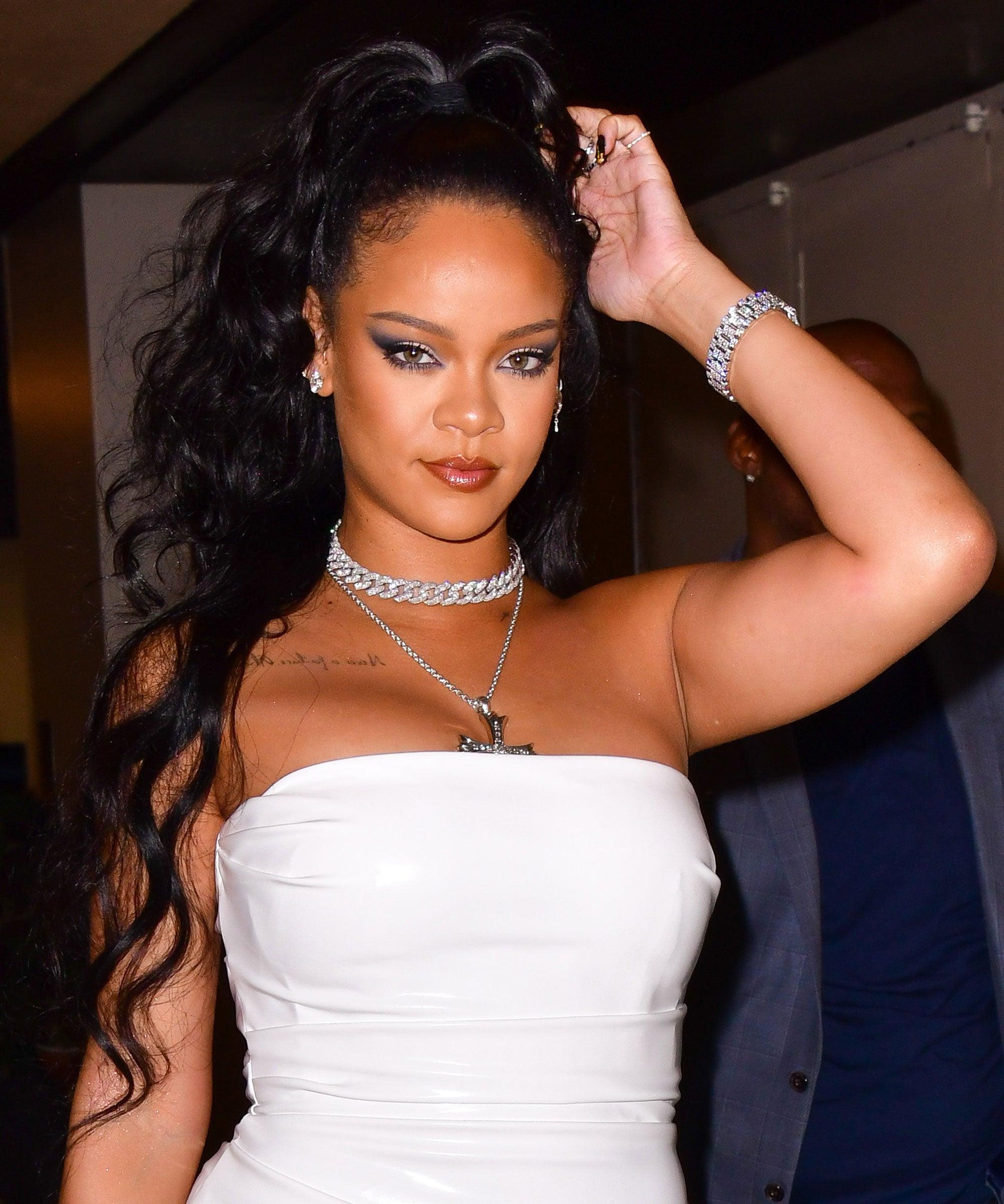 Yatt Hamzah Kagum Usaha Murni Rihanna Bantu Penduduk Lubnan