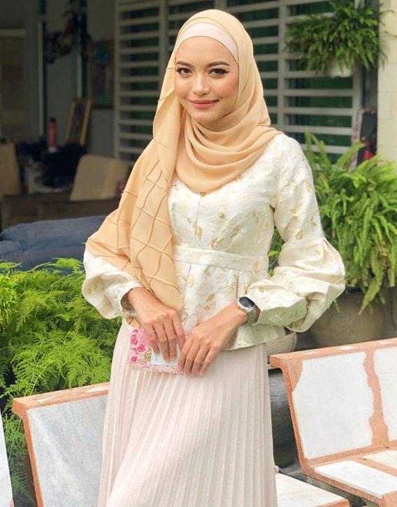 Gelar Safawi Rasid Playboy, Syifa Melvin Tampil Sekolahkan Netizen