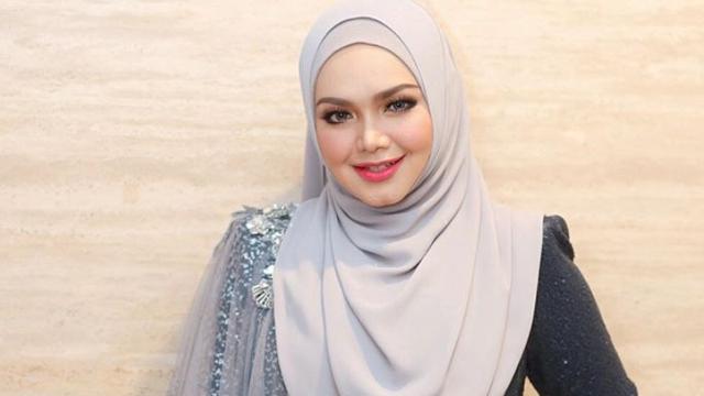 """Dendang Lagu """"Aku Bidadari Syurgamu"""", Pelajar OKU Dapat Perhatian Siti Nurhaliza"""