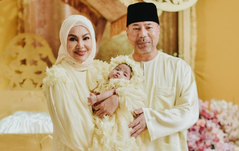 Umie Aida Ajar Anak Umur 1 Tahun Tak Sentuh Perhiasan Kaca Dan Conteng Dinding