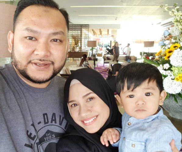 Mila Jirin Gembira Dapat Bawa Mak Ayah Rasmi Rumah Baru