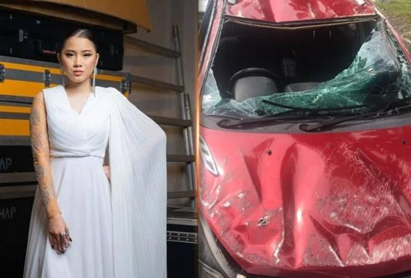 Kereta Depan Brek Mengejut, Sandra Dianne Terlibat Kemalangan