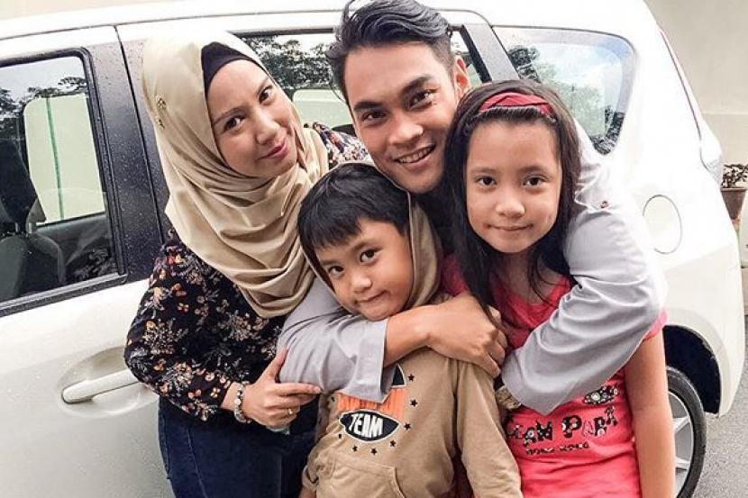 Tiga Bulan Terpisah, Hisyam Hamid Akui Rindu Keluarga Di Singapura