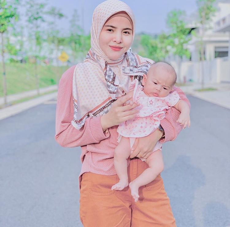 Netizen Sebak Lihat Pengorbanan Ardell Aryana Bantu Penduduk Di Sabah 4