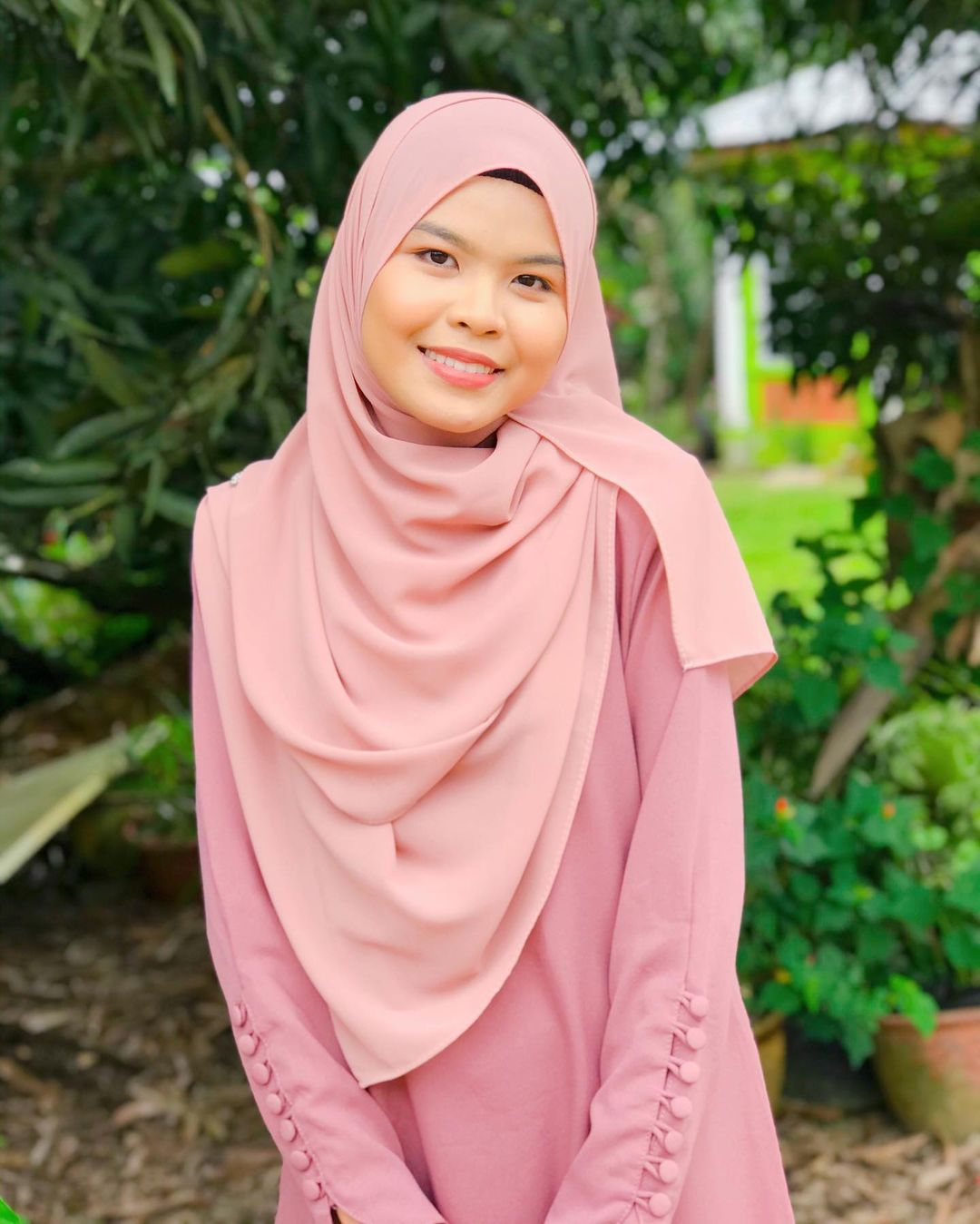 Selepas Kontroversi Video Muzik Keterlaluan, Wani Syaz Tampil Dengan Lagu Baru Berkonsepkan Tarian Padang Pasir 3