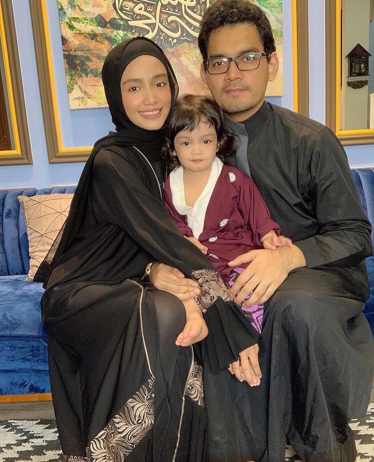 (TAHNIAH) Ummi Nazeera Dedah Kini Hamil Anak Kedua 3