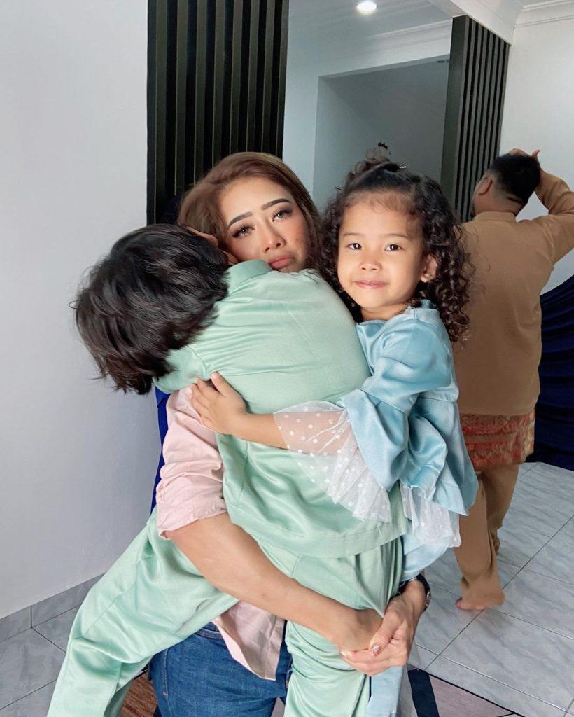 Fatin Afeefa dan anak