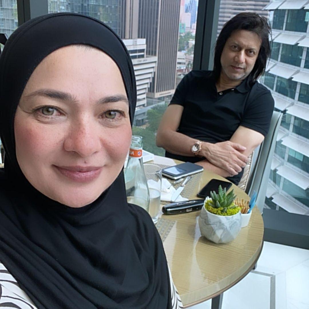 noor kartini dan suami