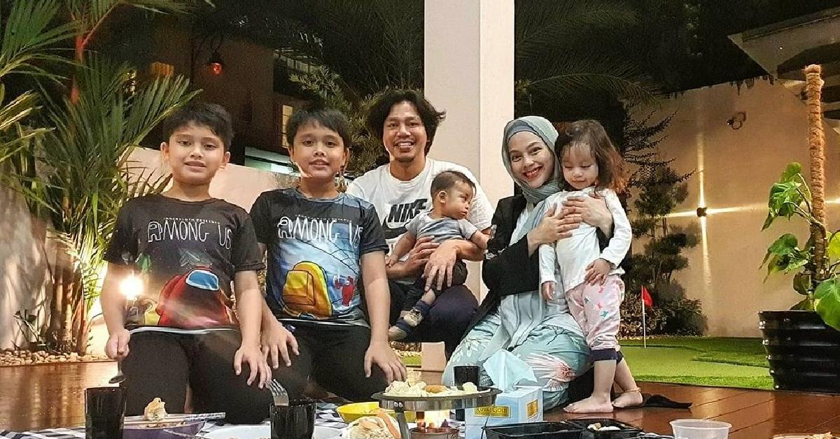 Keluarga Jeb Sepahtu