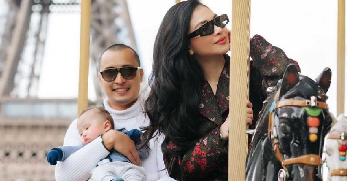 Anzalna Nasir dan keluarga