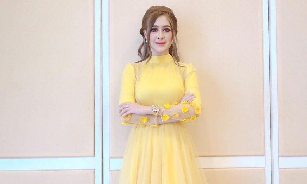 """""""Sorry I Original Ya…""""- Datin Eina Azman Tak 'Menggelabah' Disamakan Dengan Sajat"""