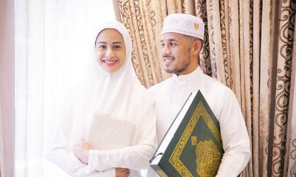 Suami 'Sejuk Hati', Fouziah Ghous Berjaya Khatam Al-Quran Di Bulan Ramadan