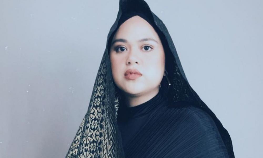 Akibat Tak Puas Hati Dengan Bapanya, Netizen 'Serang' IG Najwa Mahiaddin