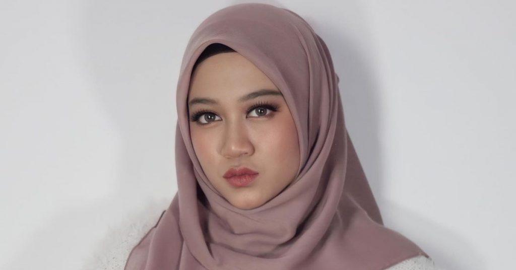 fieya julia berhijab