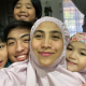 Ozlyn Waty dan anak-anak