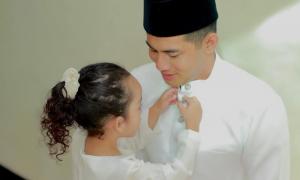 Fizo Omar dan anaknya